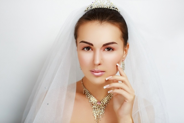 svadebnyi-manikur-v-odesse